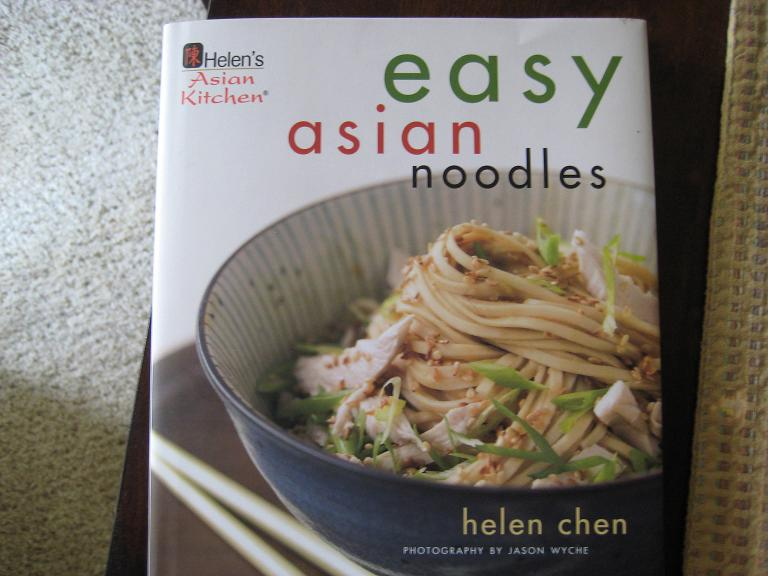 Easy Asian Noodles Book Cover
